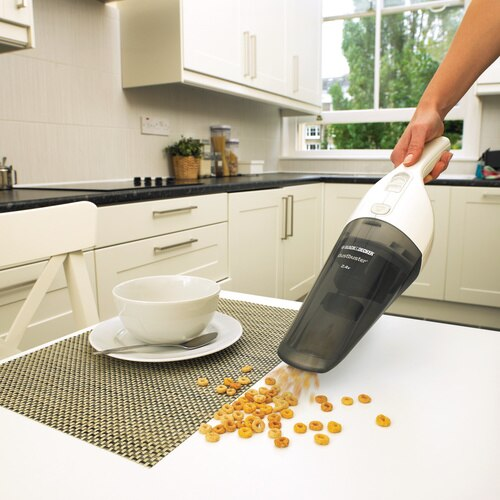 Black and Decker - Der neue 24V Dustbuster mit Zubehr - NV2420N